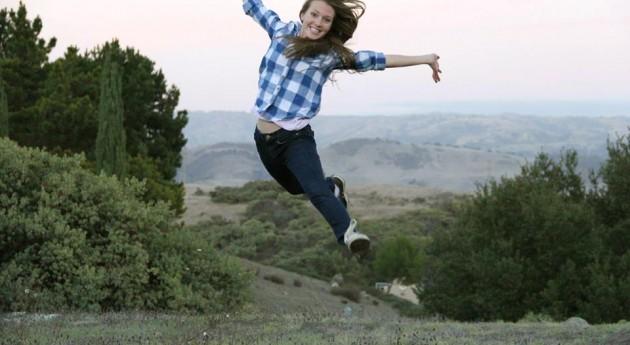 finley_leaping.jpg